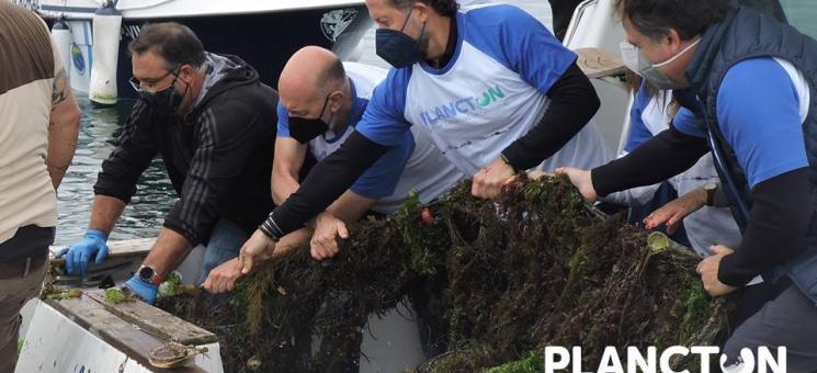 Segunda limpieza de fondos en Guidoiro Areoso, PLANCTON