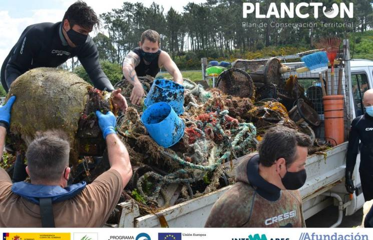 PLANCTON, limpieza de fondos en Guidoiro Areoso