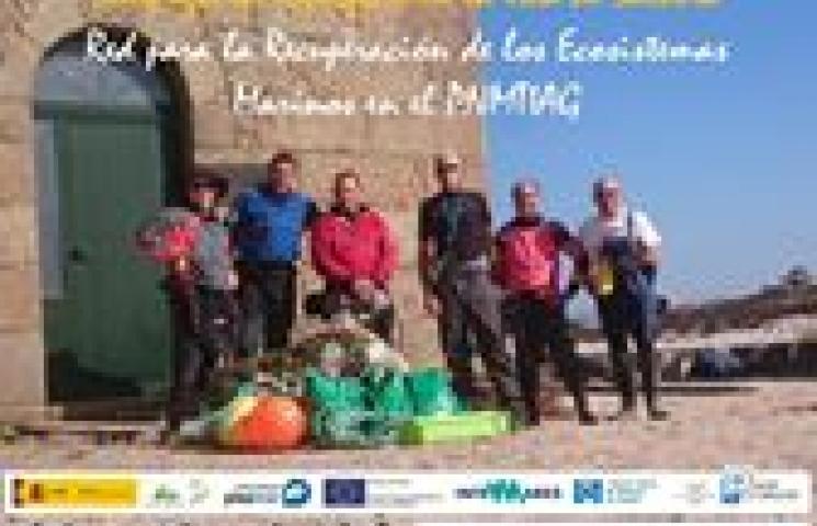 Jornada de limpieza de basura marina en superficie en el Parque Nacional Marítimo Terrestre das Illas Atlánticas de Galicia